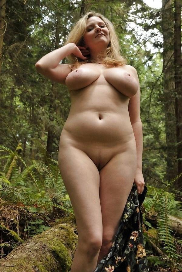 Rencontre sexe d'une femme ronde aux gros seins